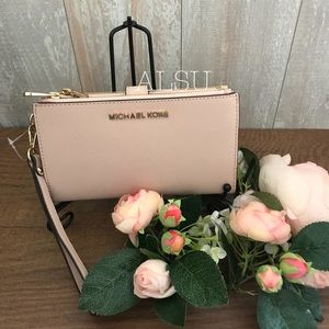 Michael Kors DoubleZip Wristlet Wallet Ballet Rose